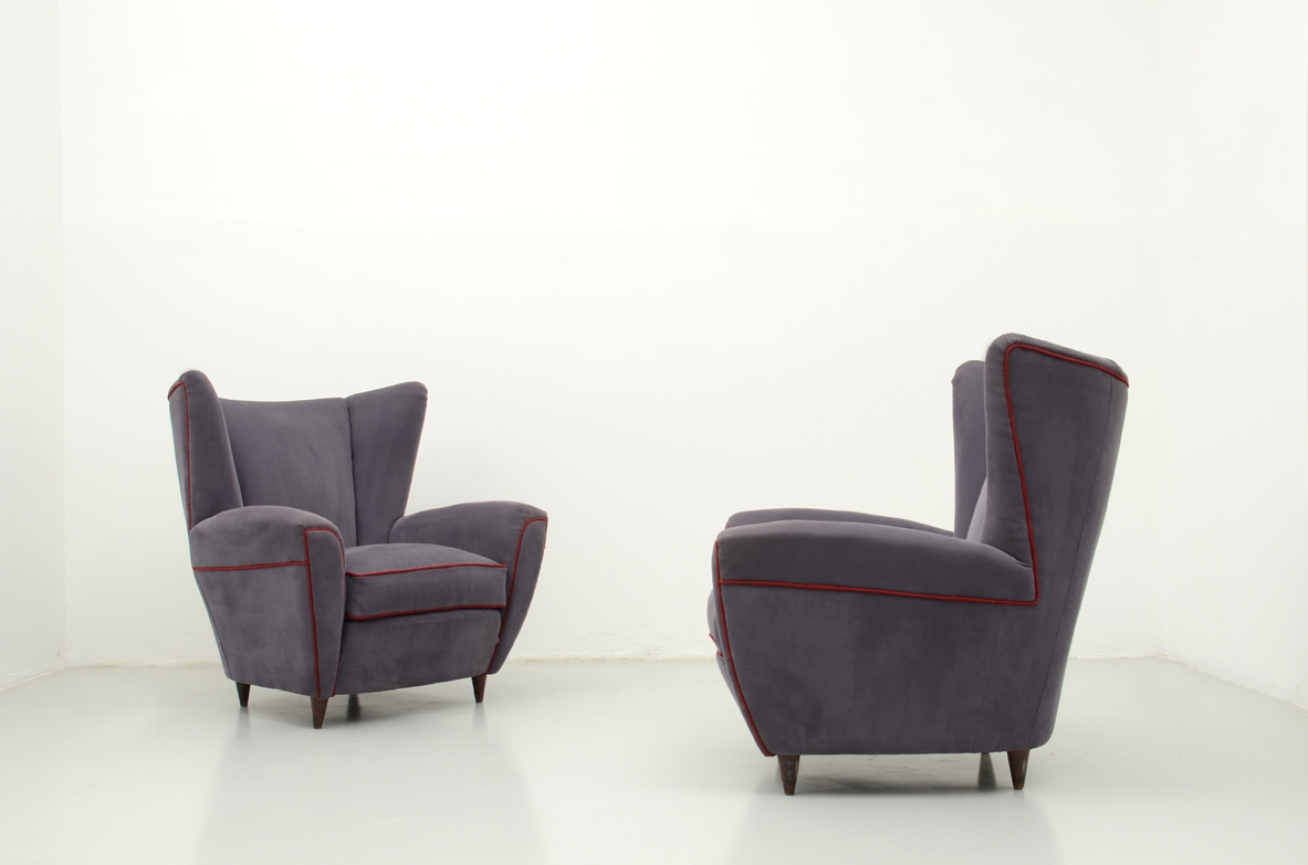 Pair of armchairs, cotton fabric, attr. Paolo Buffa, 1950's.