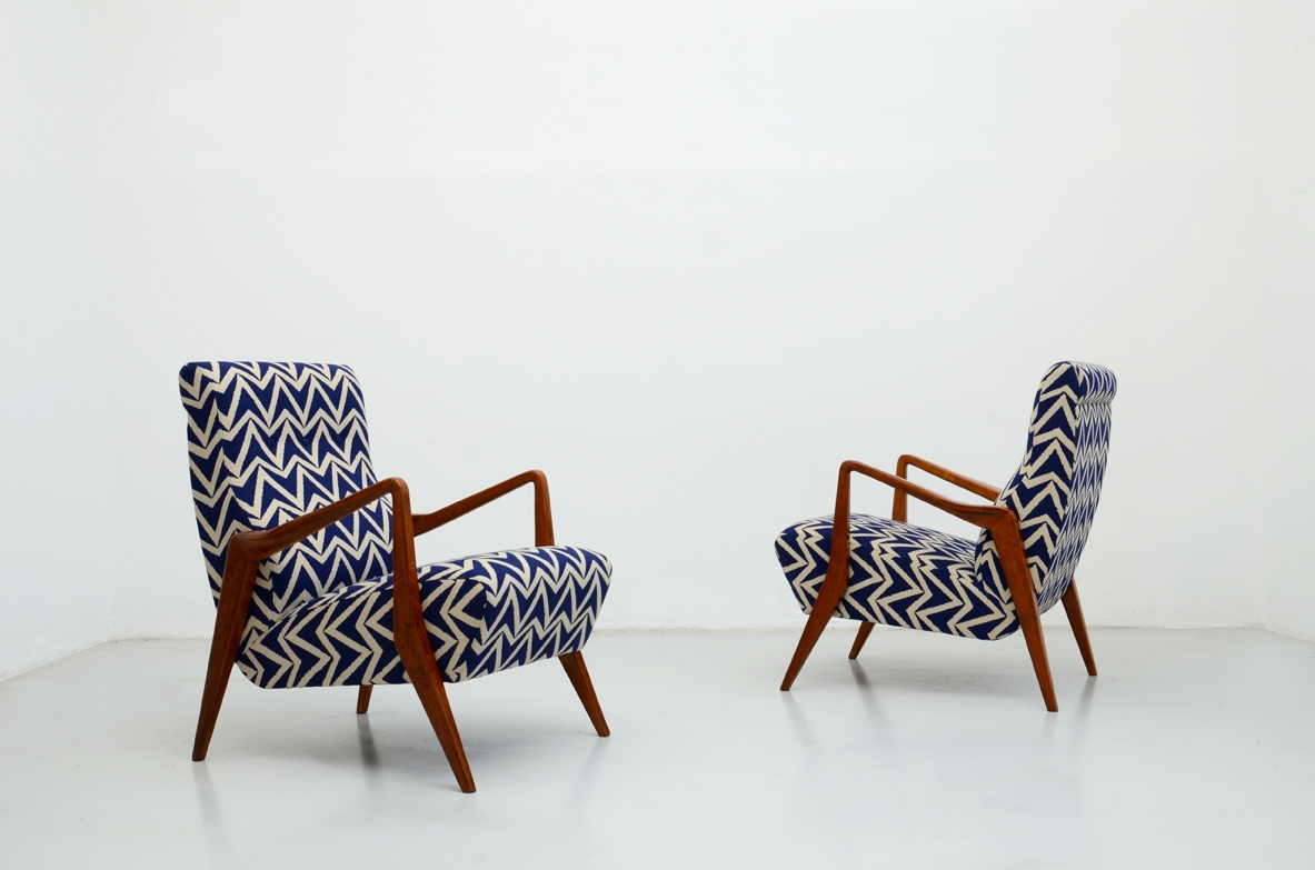 Beautiful pair of modernist 1950's Armchairs in the style of Gio Ponti.