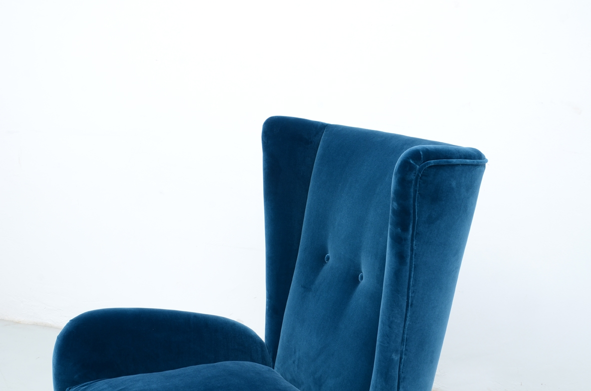 Paolo Buffa, elegant pair of 1940's armchairs.an