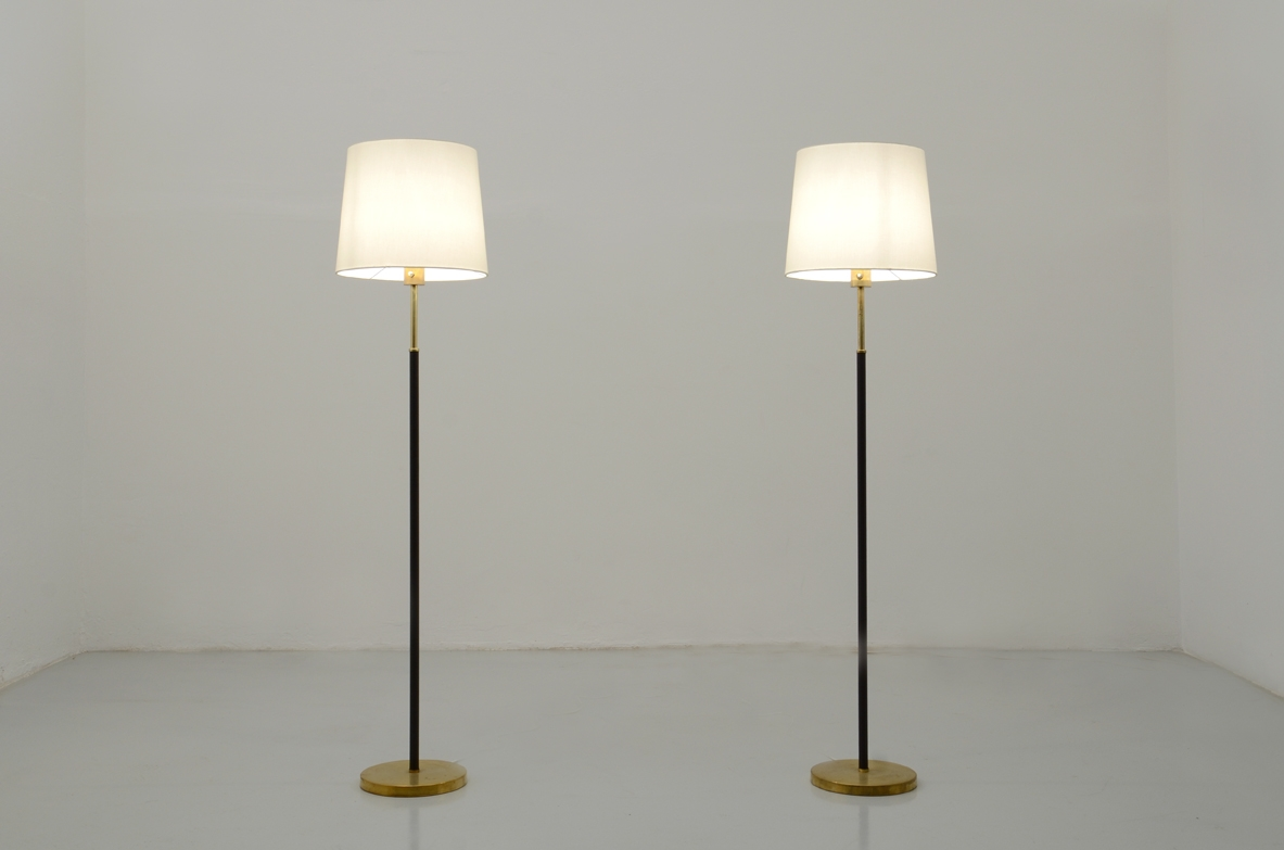 H.Agne Jakobsson, pair of very elegant 1960's floor lamps with brass.