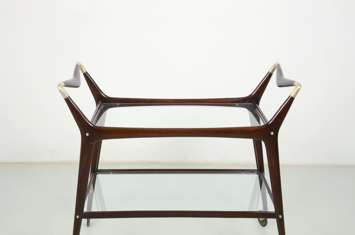 Ico Parisi, elegant 1950's trolley in mahogany with refined brass details.