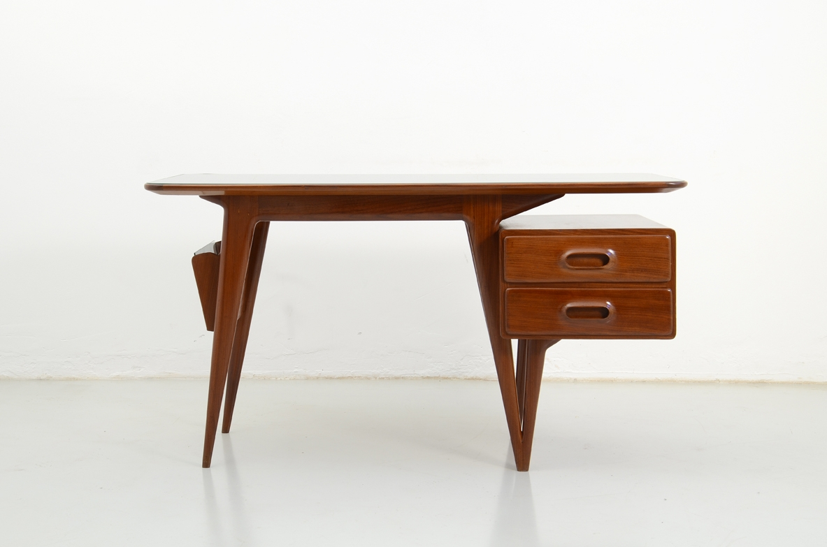Stunning 1950's desk table in cherry wood