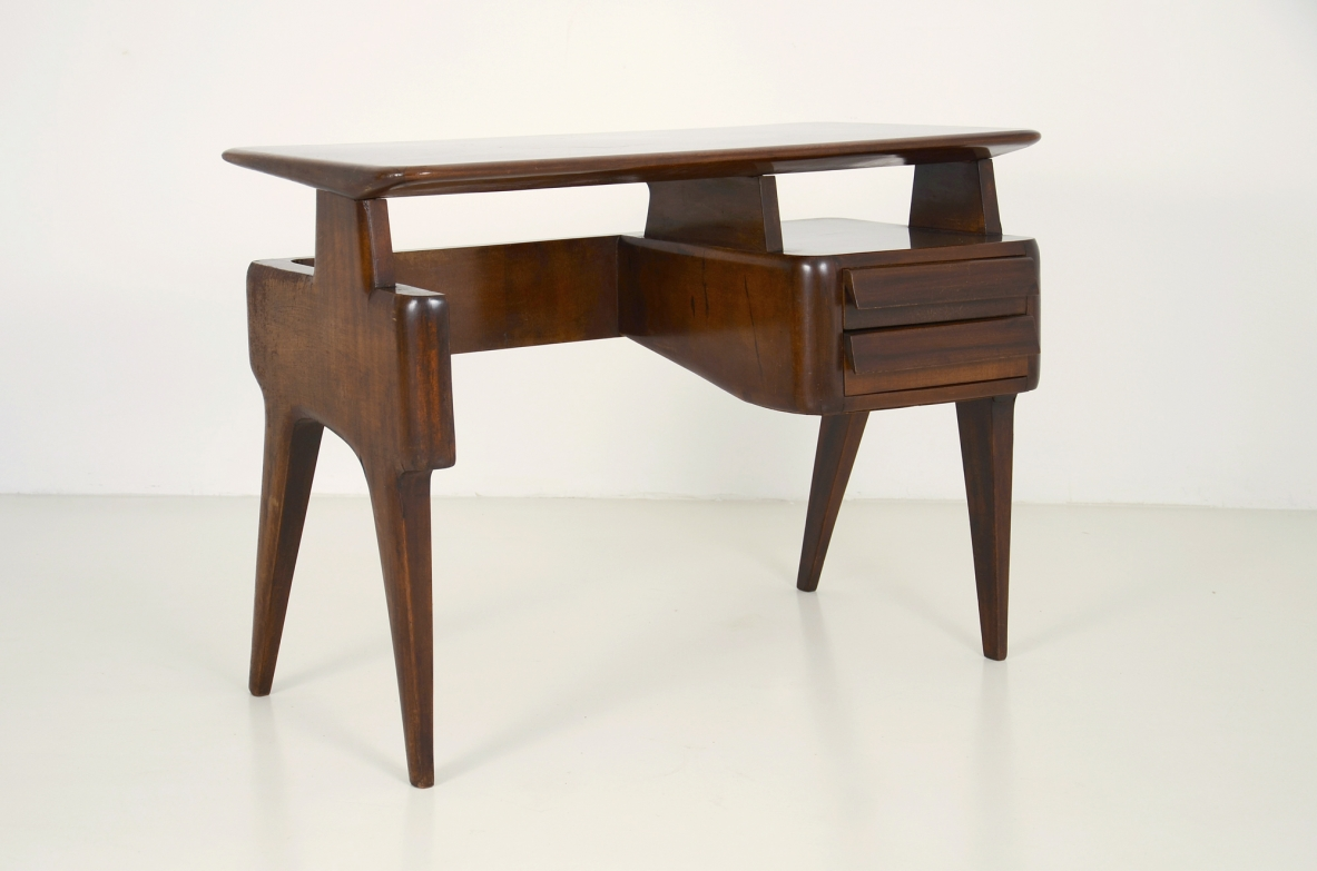 1950's Italian desk with beautiful shape