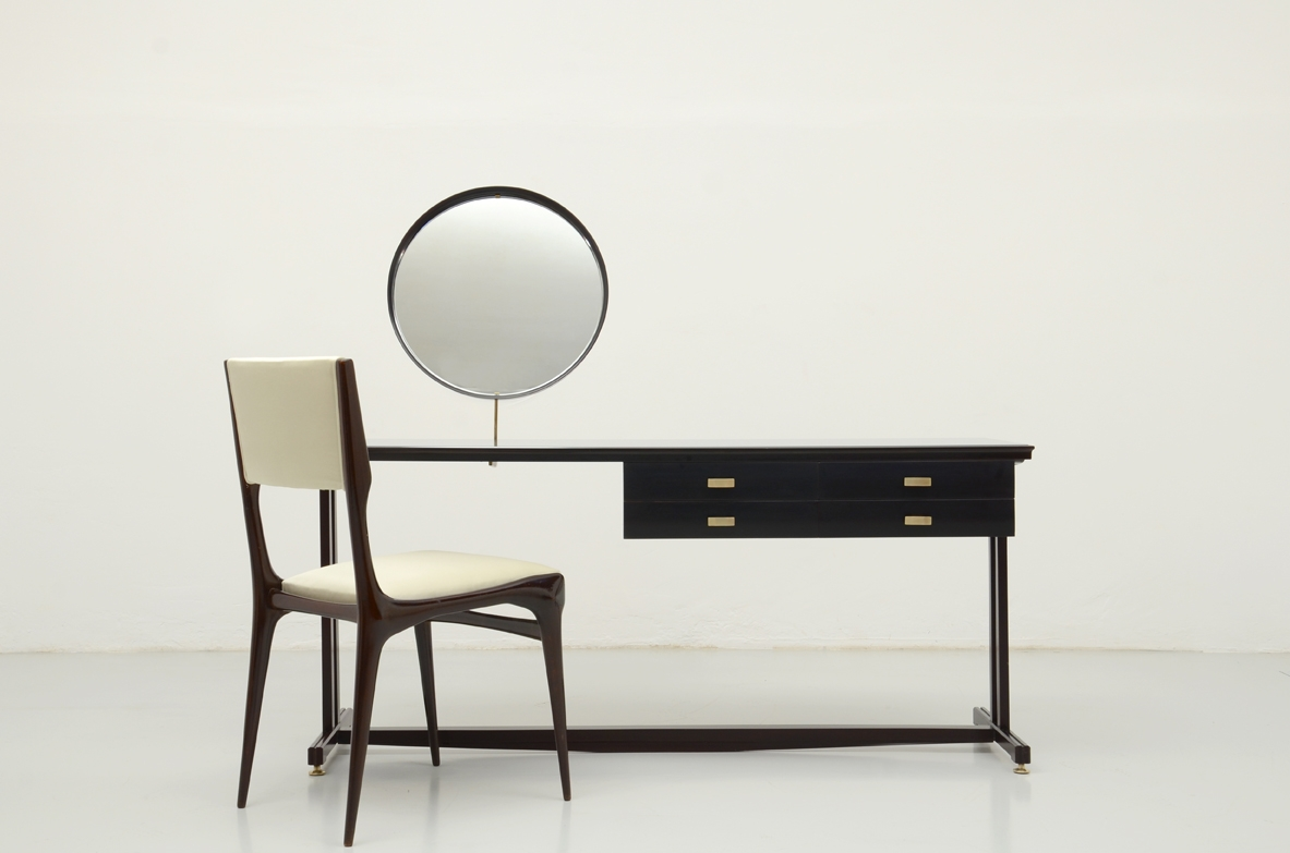Gigi Radice, very refined 1960's console table