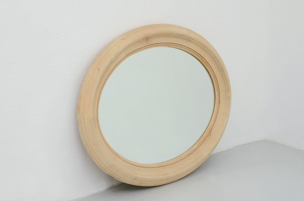 Oval mirror in natural wood, Prod. Officina Antiquaria.