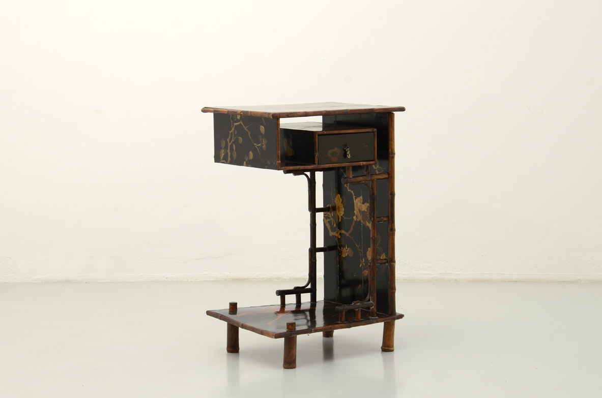Small table oriental paintings shop Milan