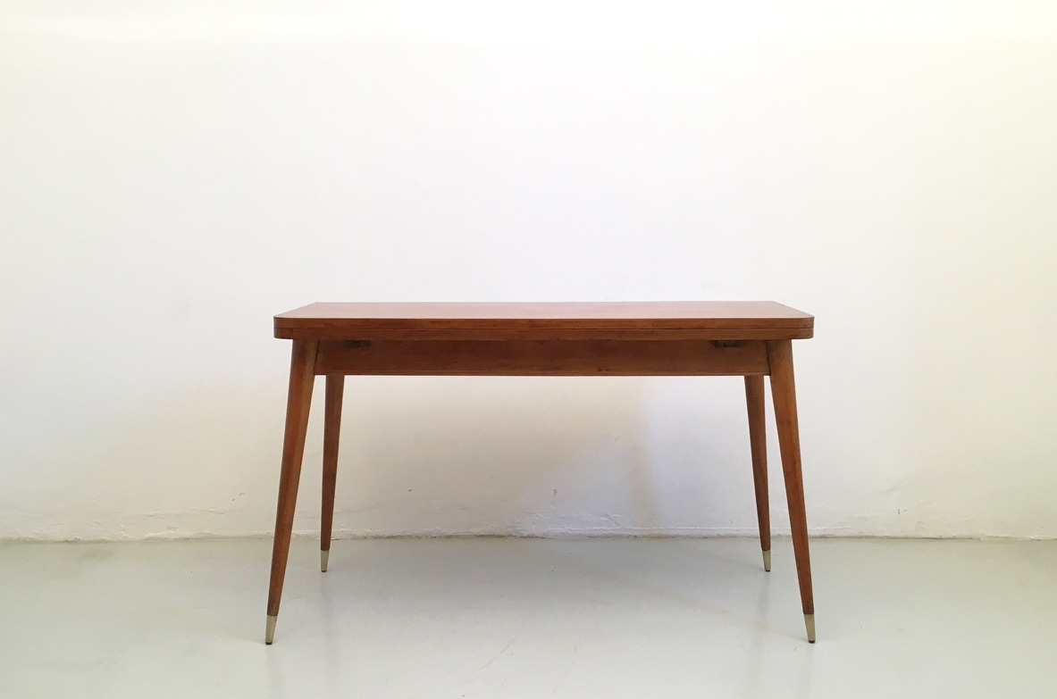 1950's console table in light wood.