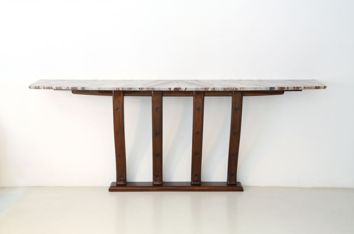 Refined console with marble top in perfect conditions, Attr. Arch. Giovanni Greppi, Italy 1940ca.