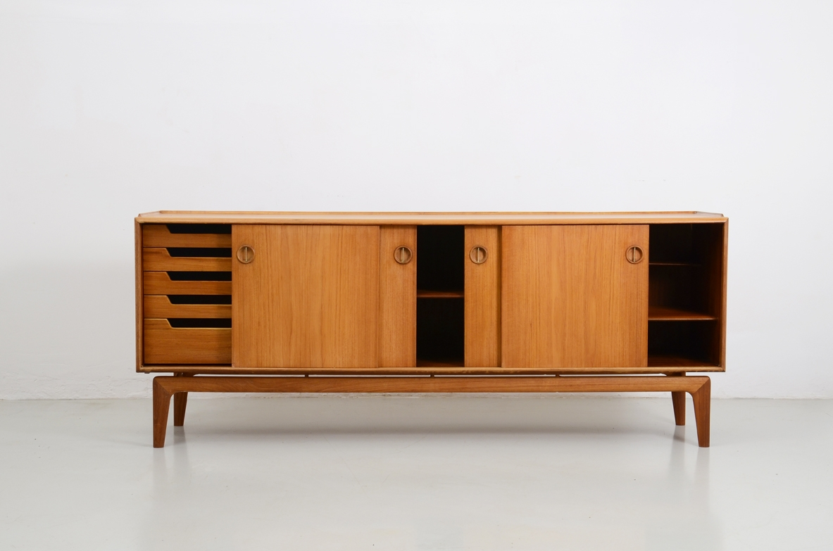 Italian 1950's sideboard in light oak.