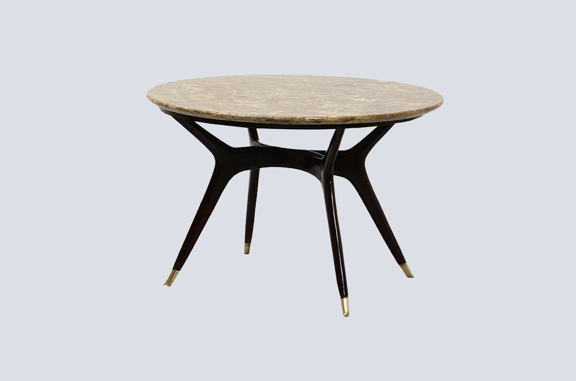 Italian 1950's elegant coffee table,with fine elegant bronze tips and marble top.