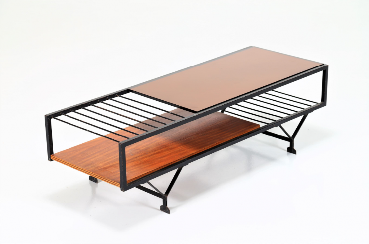 Nice Italian-made coffee table made of wood and lacquered metal, 1950s.