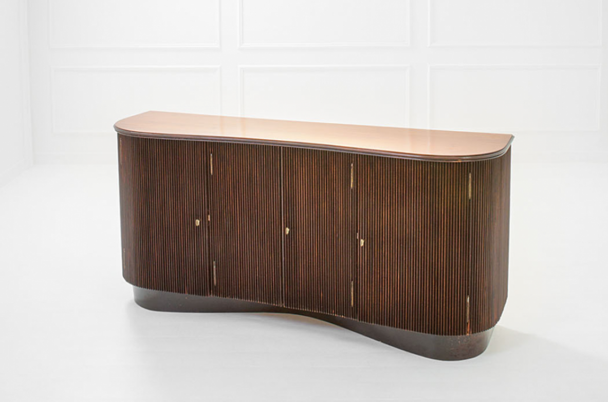 Osvaldo Borsani, high quality sideboard in grinded convex wood and brass.  Italy 1945.