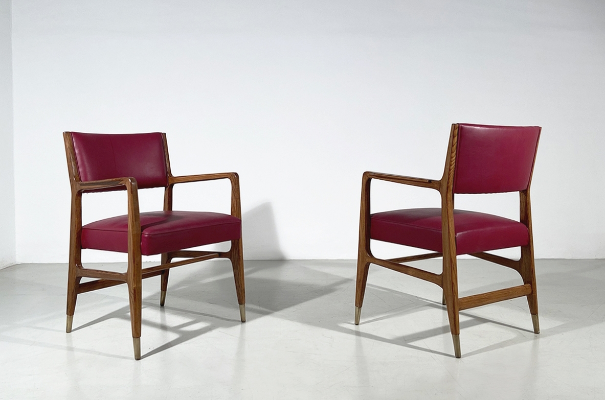 Gio Ponti, unique pair of armchairs in solid wood with seat and back upholstered with original leather, prod.Cassina 1950's.